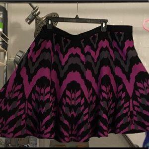 TORRID skater skirt purple gray black print size 4